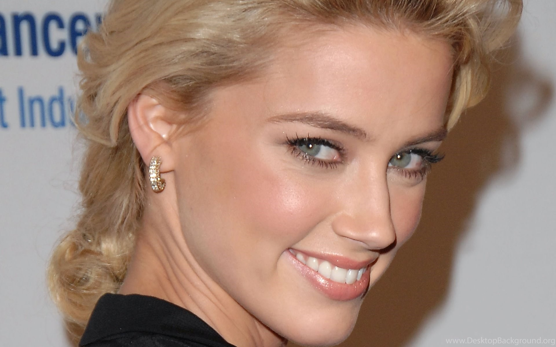 The video below features the ultimate compilation of actress Amber Heards nude moments As you can see Amber Heard is one shameless floozie who has no qualms