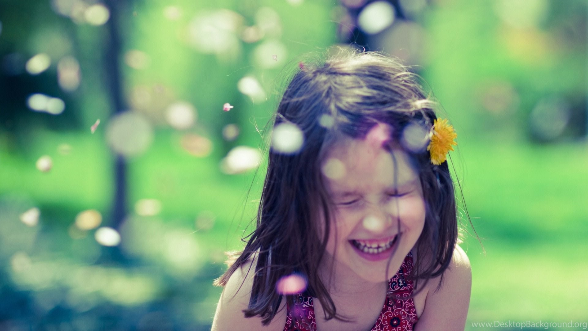 Very happy girl innocent smile new hd wallpapernew hd - Cute little girl pic hd ...