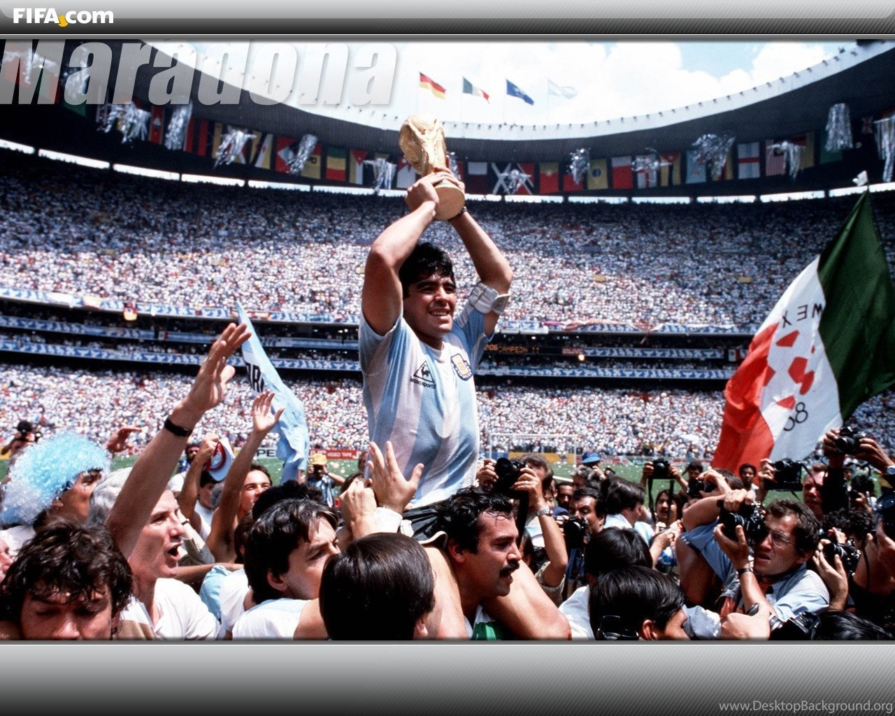 Soccer Girls Wallpaper Free: Soccer Girls Love Diego Maradona Football Player