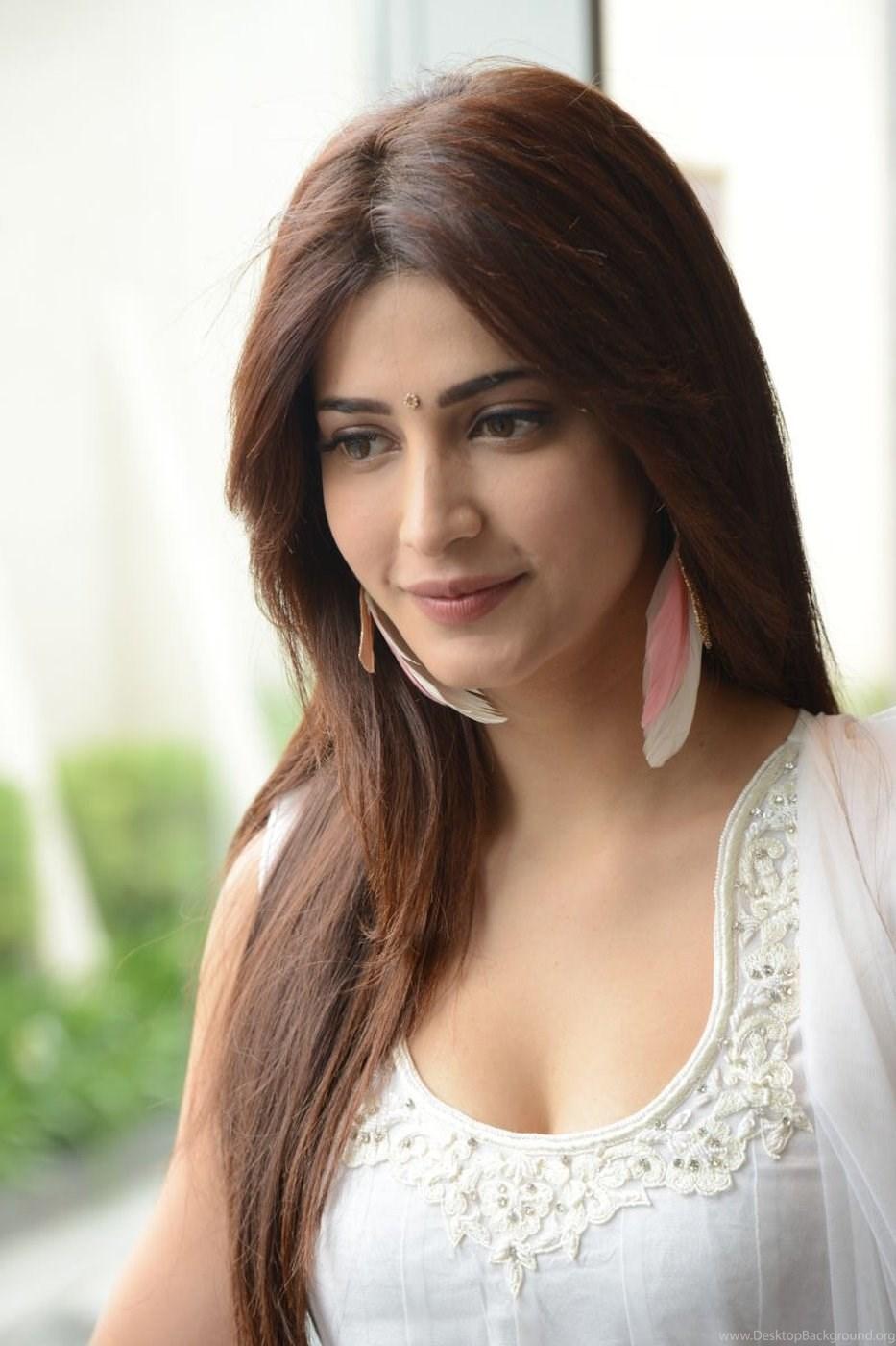 South Actress Hot Wallpaper Images Photos Navel Pics In Saree