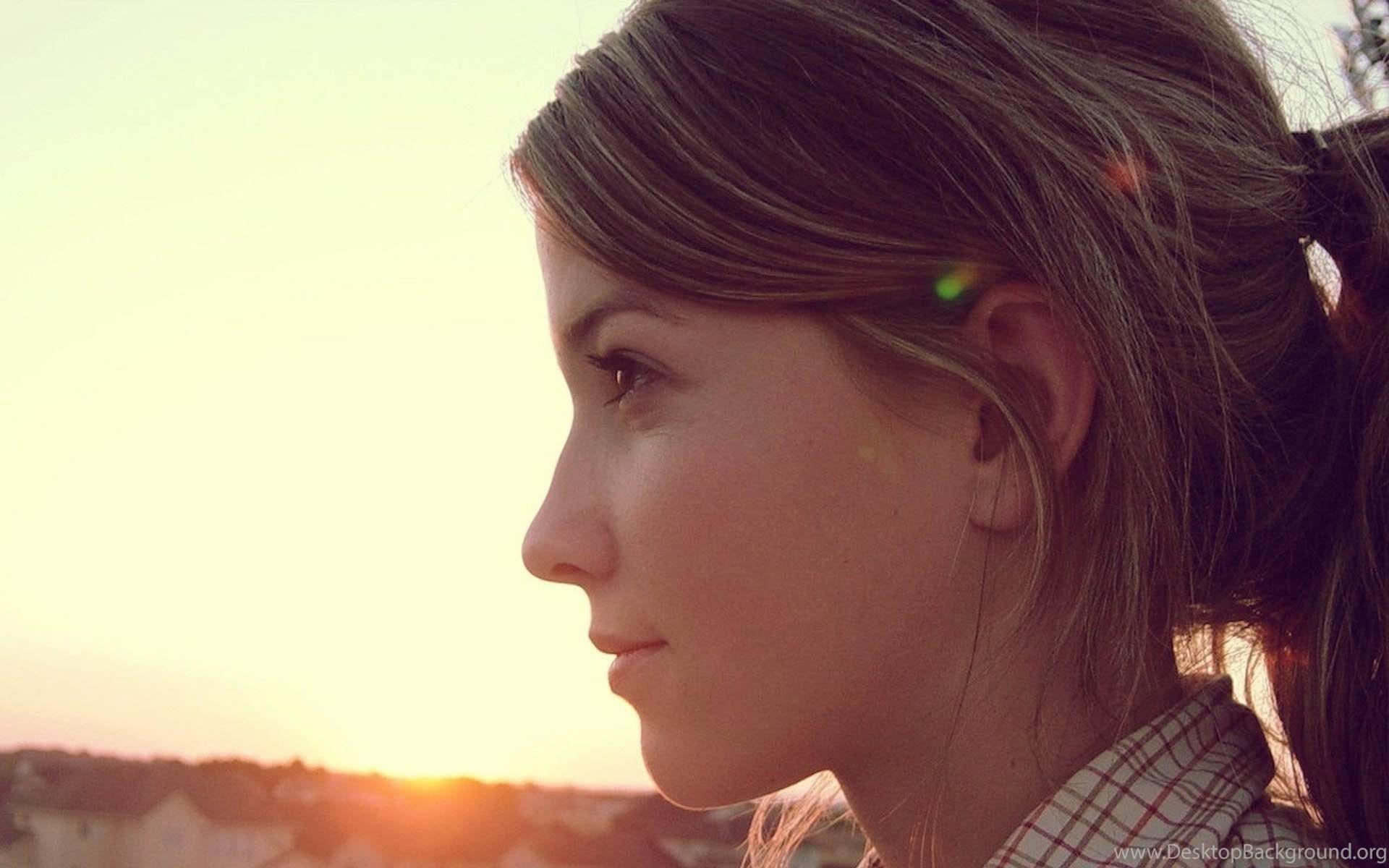 free download beautiful girls wallpapers desktop background